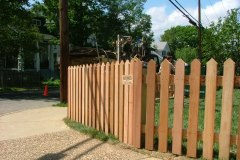 #4 Cedar Saw Point Picket Fence