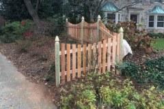 #20 Cedar Picket Fence with Dip