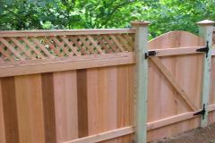 #9 Cedar Flatboard Fence with Diagonal Lattice