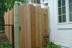 #8 Cedar Solid Board Gate with Single Arch