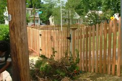 #16 Cedar Saw Point Picket Gate