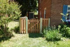 #1 Cedar Picket Gate with Single Arch