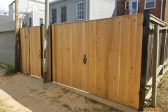 Pine Privacy Fence w/Steel Frame